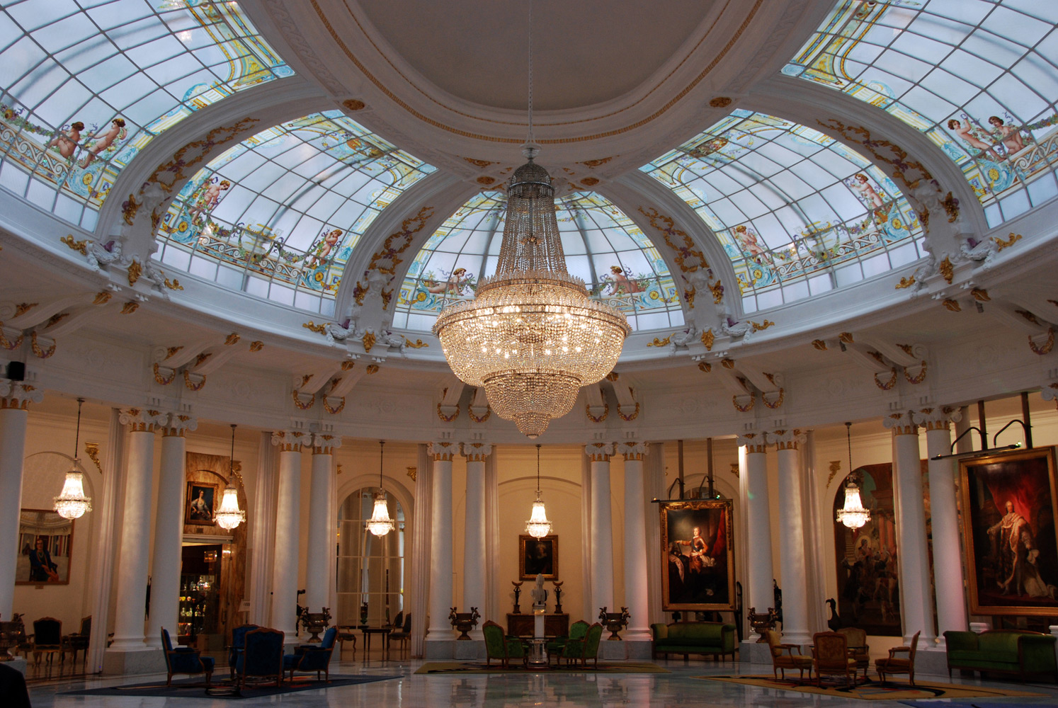 Hotel Negresco et la mafia italienne