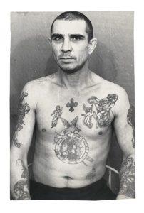 tatouage colombe prisonniers russes